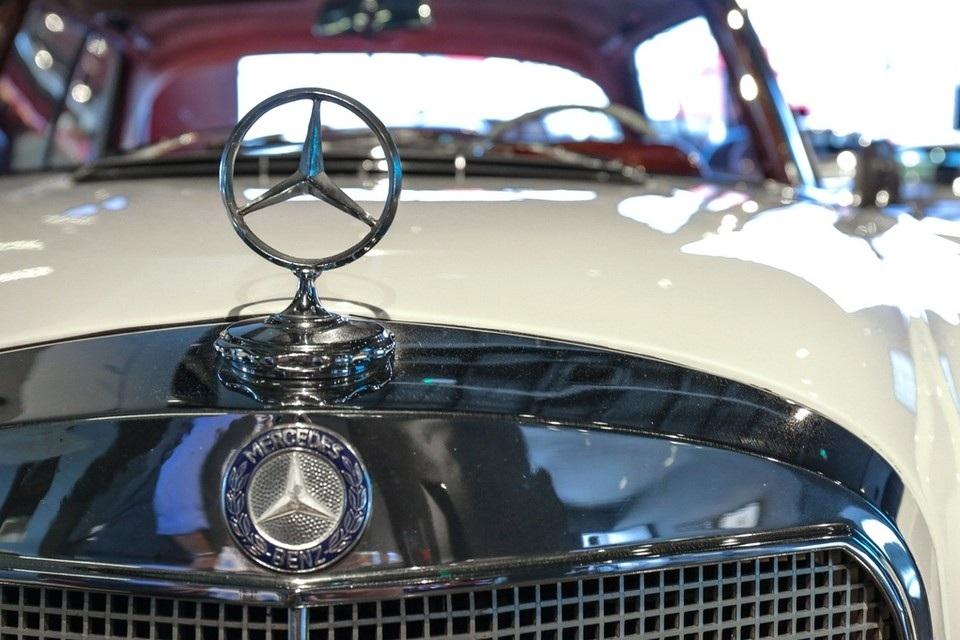 دبي تضم أول صالة نوستالجيا للسيارات الكلاسيكية في دبي