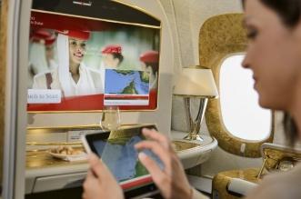 طيران الإمارات توفر لوحيات ذكية للركاب المتوجهين إلى أمريكا