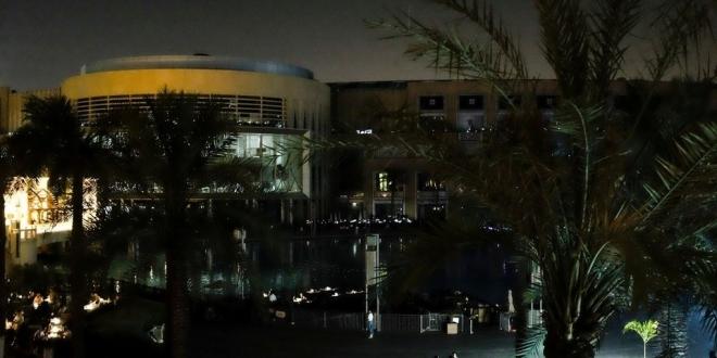 بالصور كيف يبدوا دبي مول في الظلام الدامس ؟