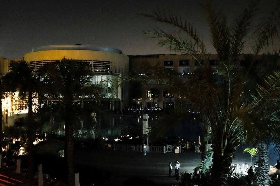 صورة بالصور كيف يبدوا دبي مول في الظلام الدامس ؟