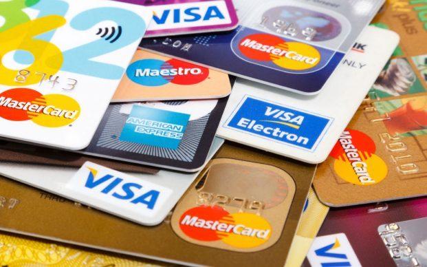 إنفوجرافيك | أشياء يجب الإنتباه اليها عند طلب شراء بطاقة إئتمان في الإمارات