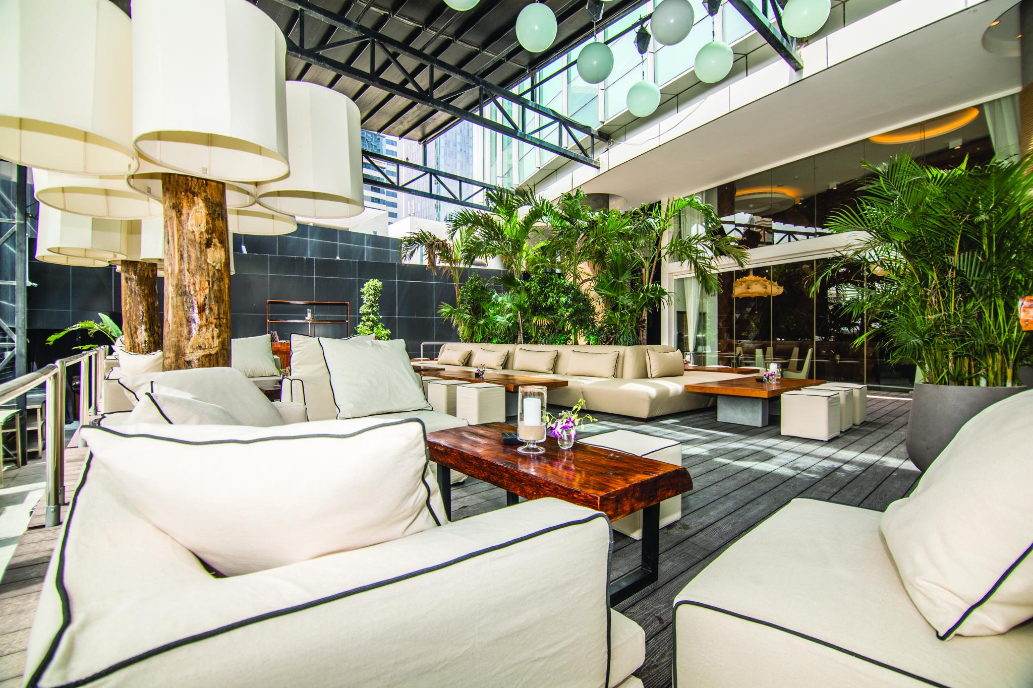 مطعم سيفن إليفانتس دبي يفتتح أبوابه في مركز دبي المالي العالمي