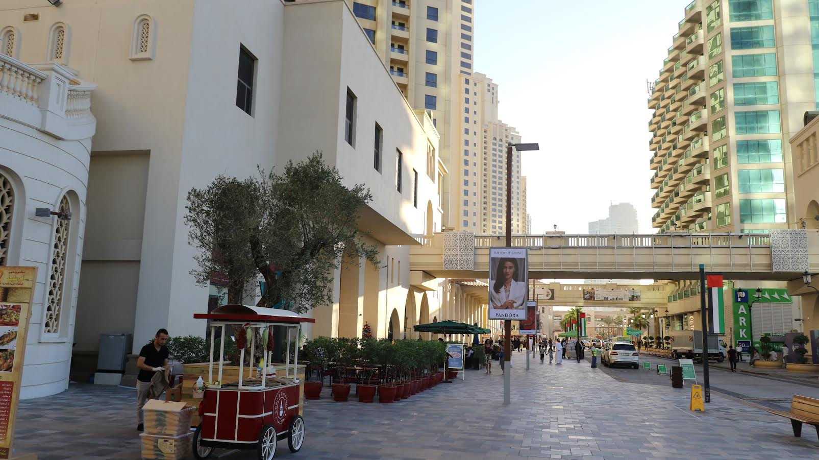عروض أبرز مطاعم باي أفينو و باي سكوير و جميرا بيتش ريزيدنس خلال رمضان 2017