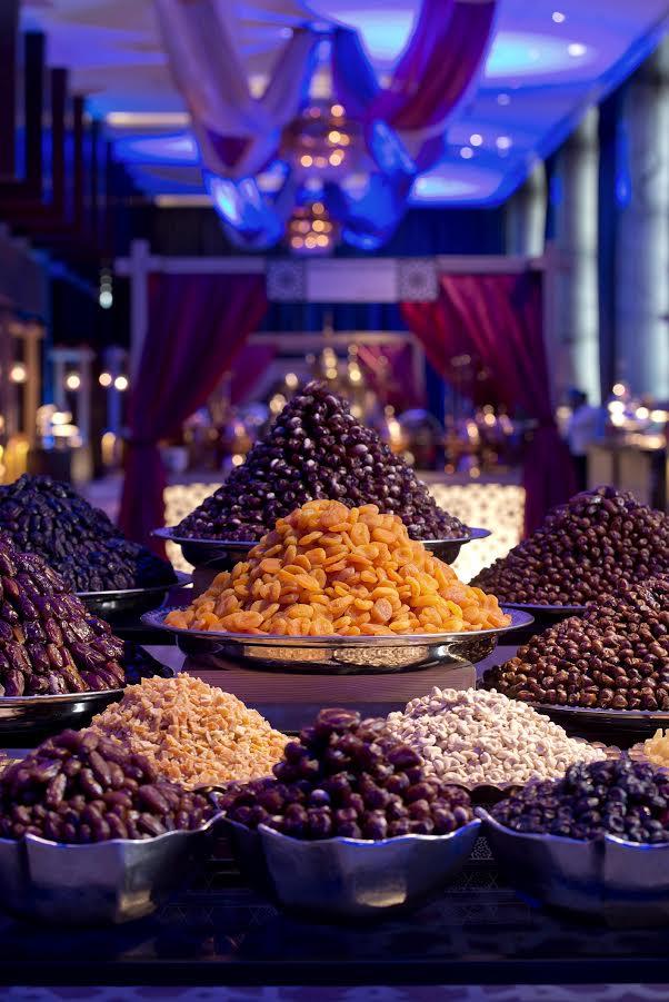 أمسيات الإفطار والسحور في فندق العنوان مرسى دبي