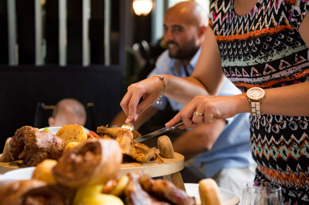 مشاوي عيد الأب في غاوتشو دبي
