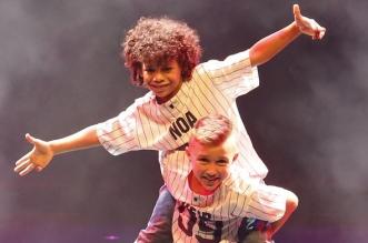 عرض الرقص تيرن آب ذا ميوزك خلال أيام عيد الفطر في دبي