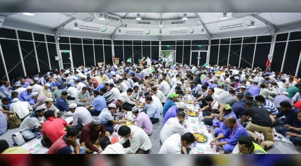 كهرباء دبي تطعم 2300 صائم يوميا طوال شهر رمضان