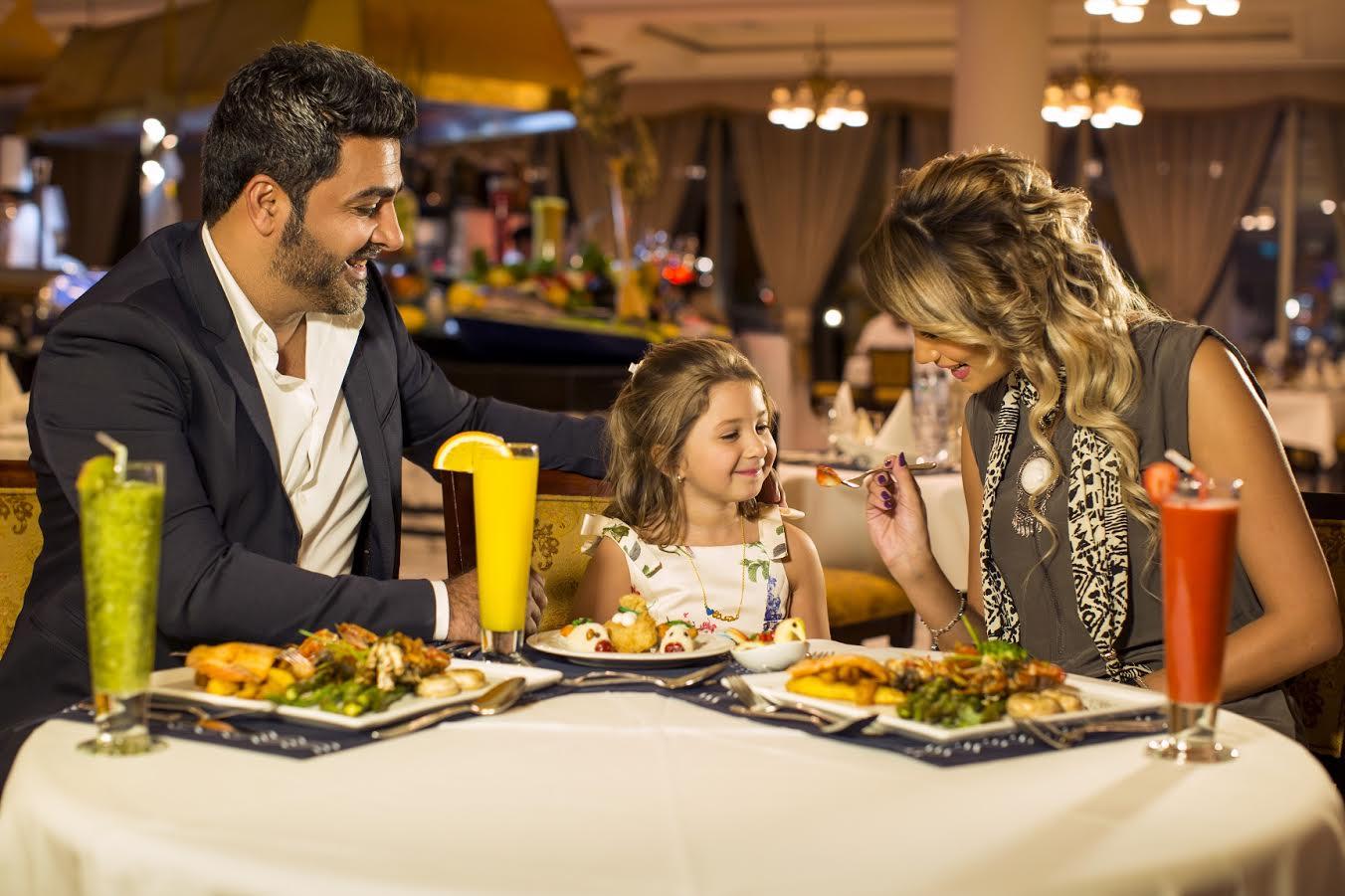 إحتفل بالعيد مع فندق ونادي ضباط القوات المسلحة في أبوظبي