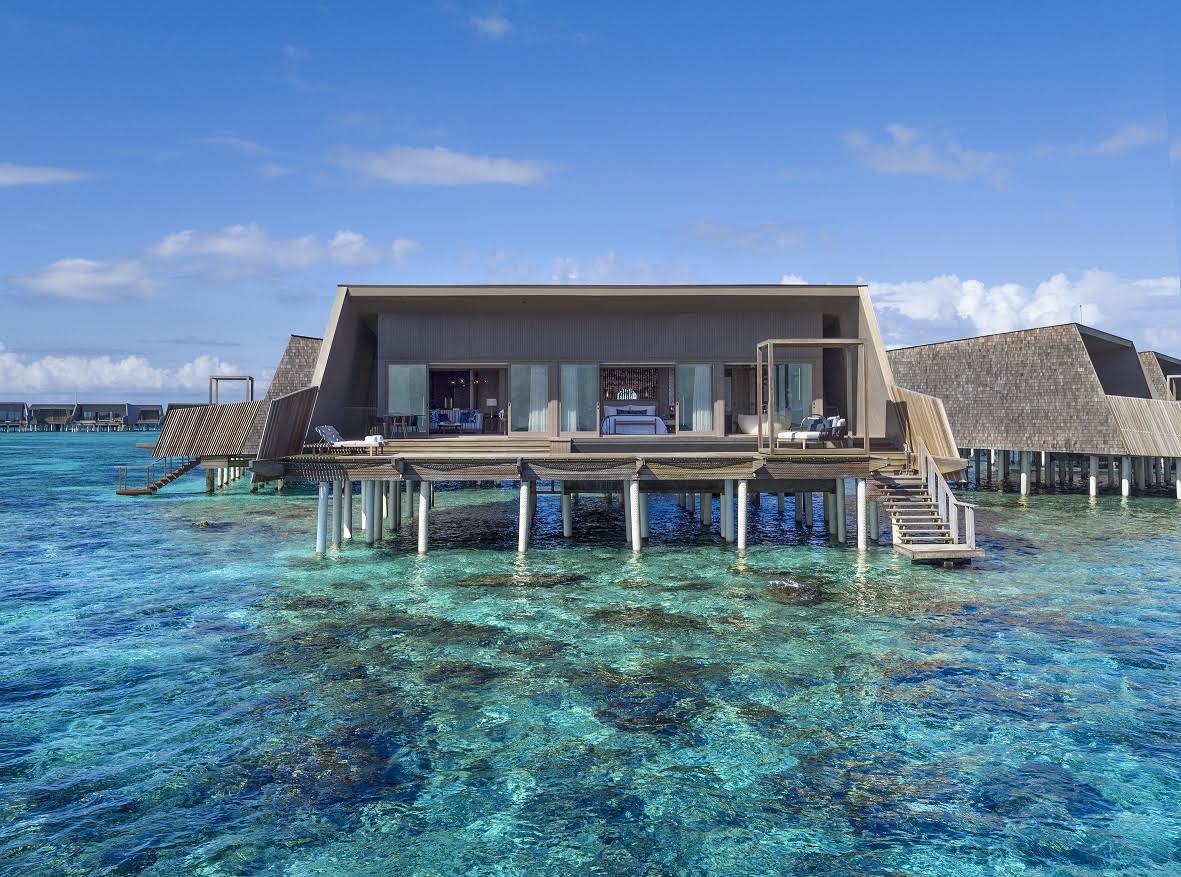 Photo of منتجع سانت ريجيس المالديف فومولي يفوز بجائزة هوت جرانديور الفندقية العالمية