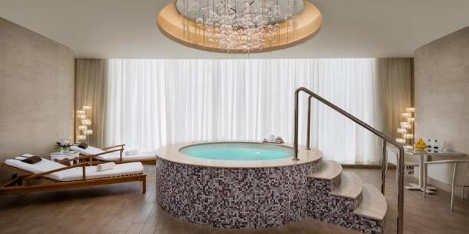 فندق برج رافال كمبينسكي يقدم تجربة لا تنسى في سبا ريسنس
