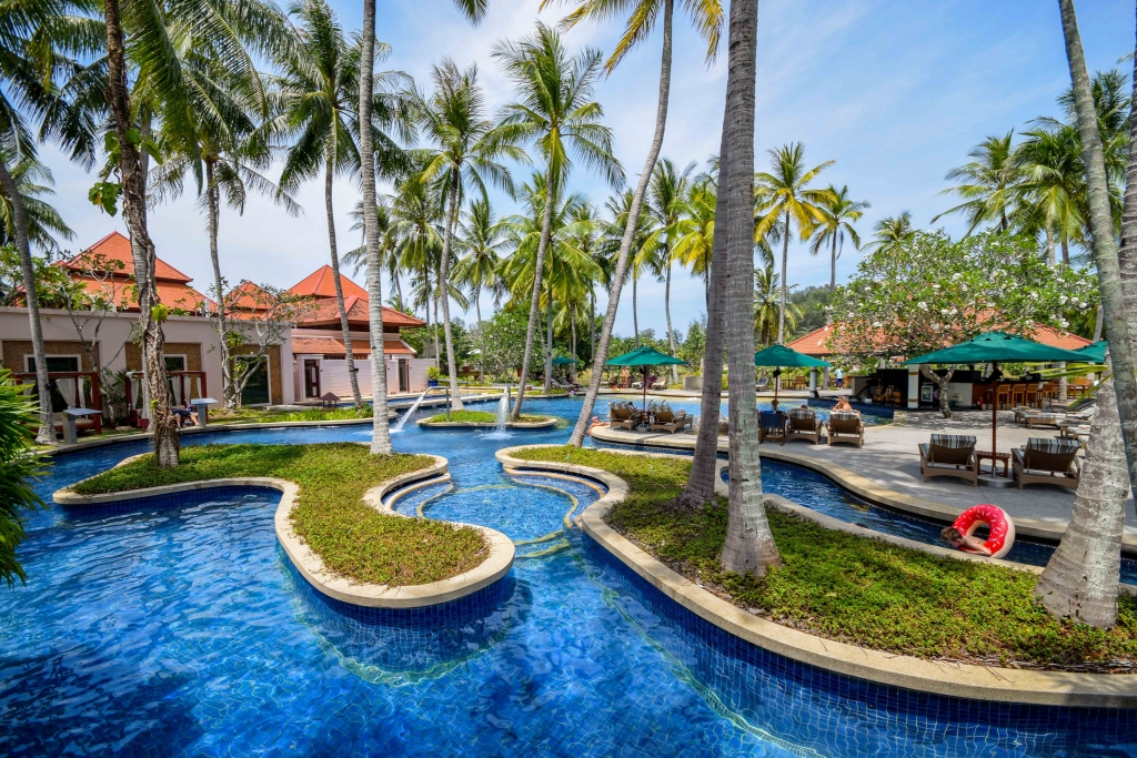 Banyan Tree Phuket_main pool area