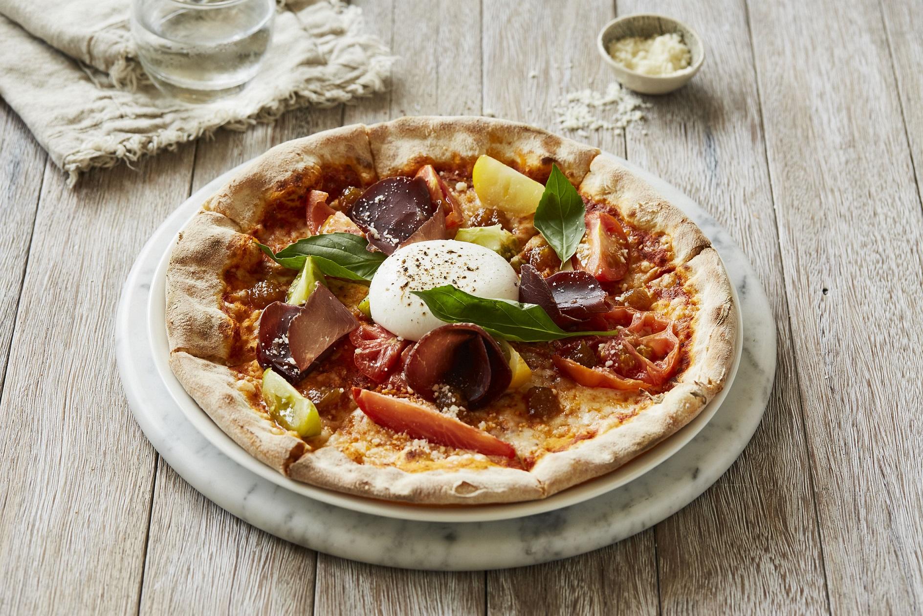 مطعم كارلوتشيوز في دبي مول يقدم قائمة طعام من أفخر المكونات