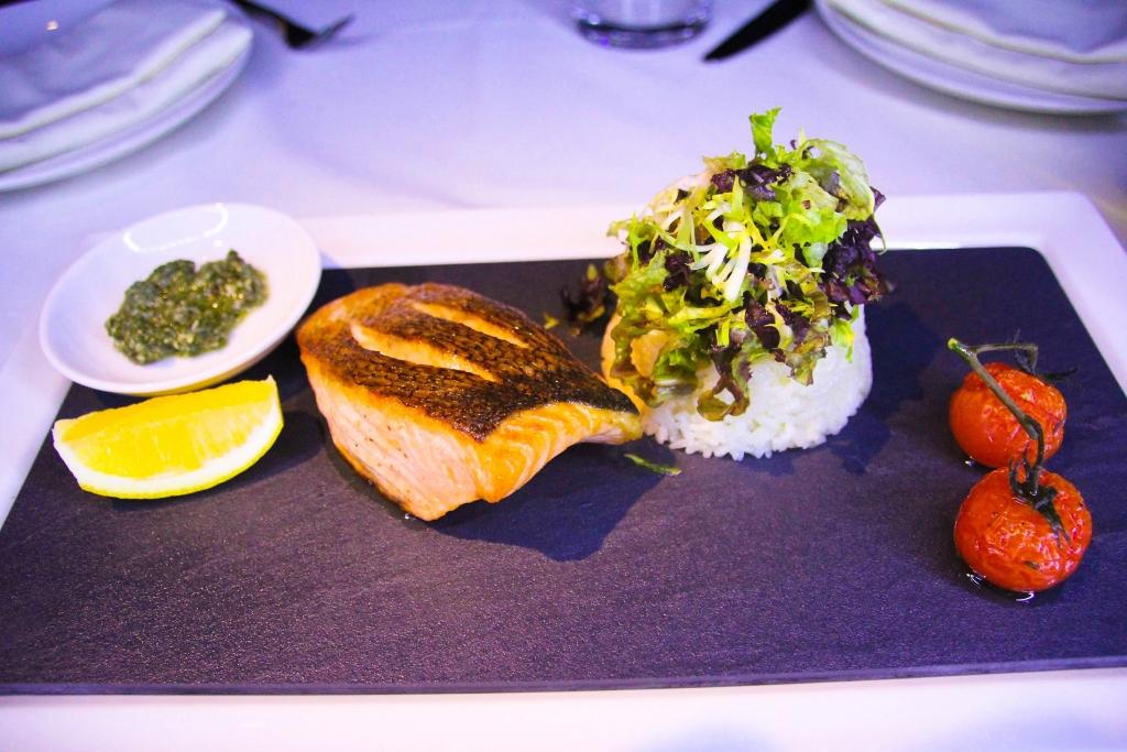 ساس كافيه يطلق قائمة طعام فرنسية معاصرة