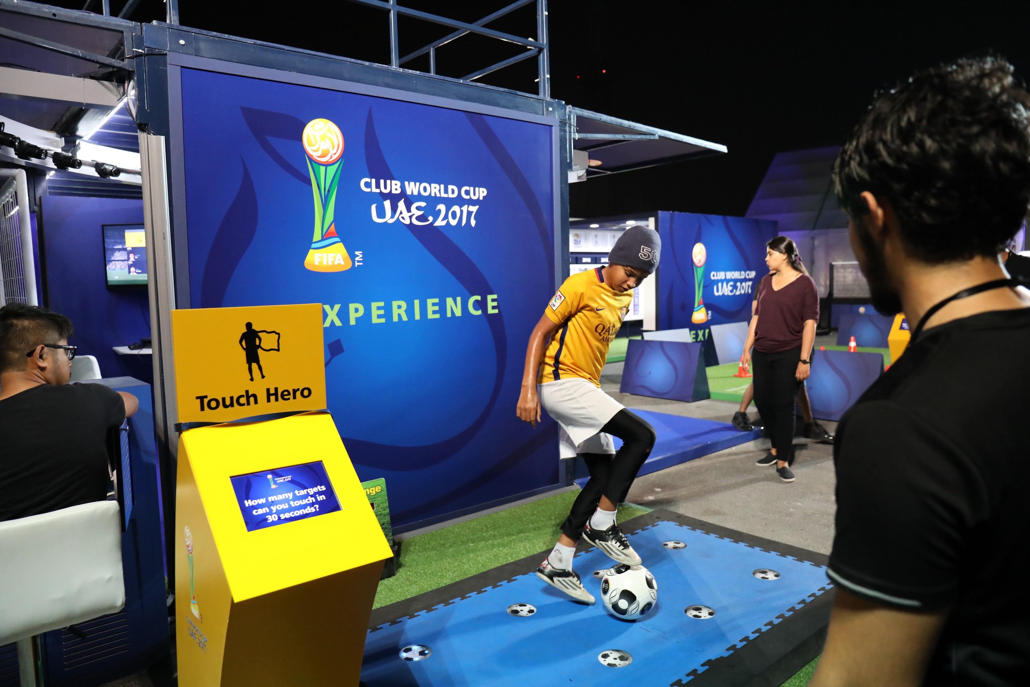 المول في المركز التجاري العالمي أبوظبي يستضيف فعاليات خاصة بعشاق كرة القدم
