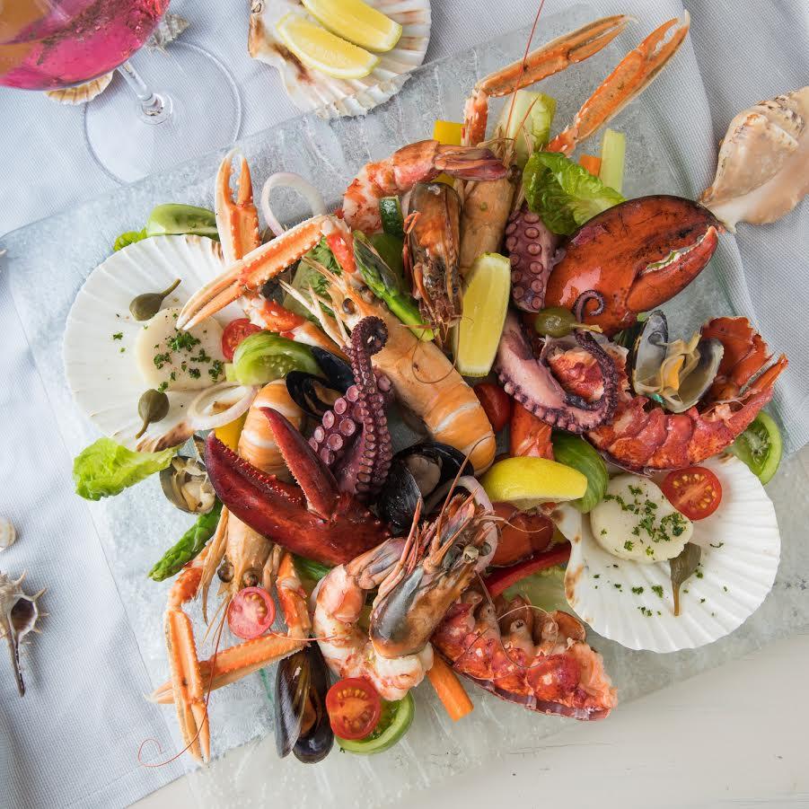 مطعم بيير شيك يحتفل بمهرجان المأكولات البحرية في إيطاليا