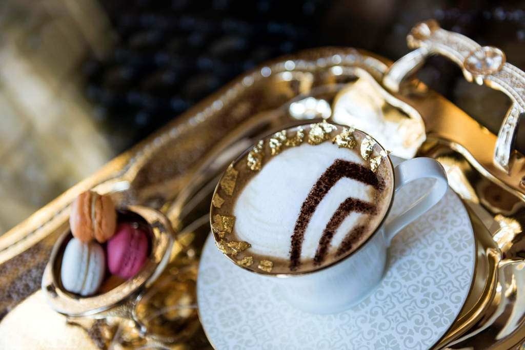 Palace Cappuccino with Gold Dust(1)
