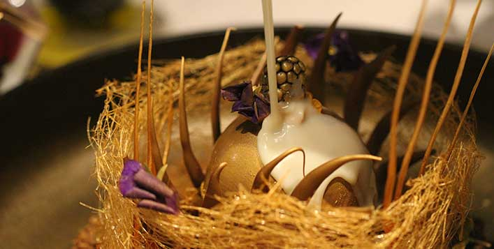 تناول أربع وجبات من الذهب في دبي بسعر لا يجاوز 99 درهم