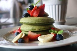 مطعم أوبين تشكيلة من حلويات الماتشا اللذيذة