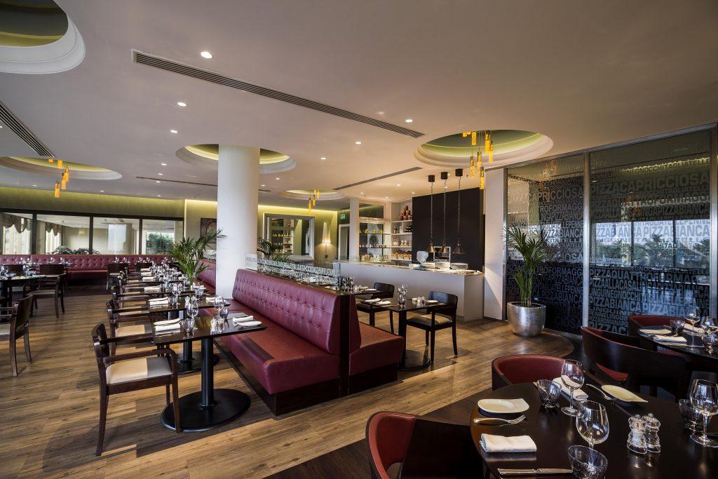 فندق هيلتون أبوظبي يطلق قائمة غداء عمل خاصة