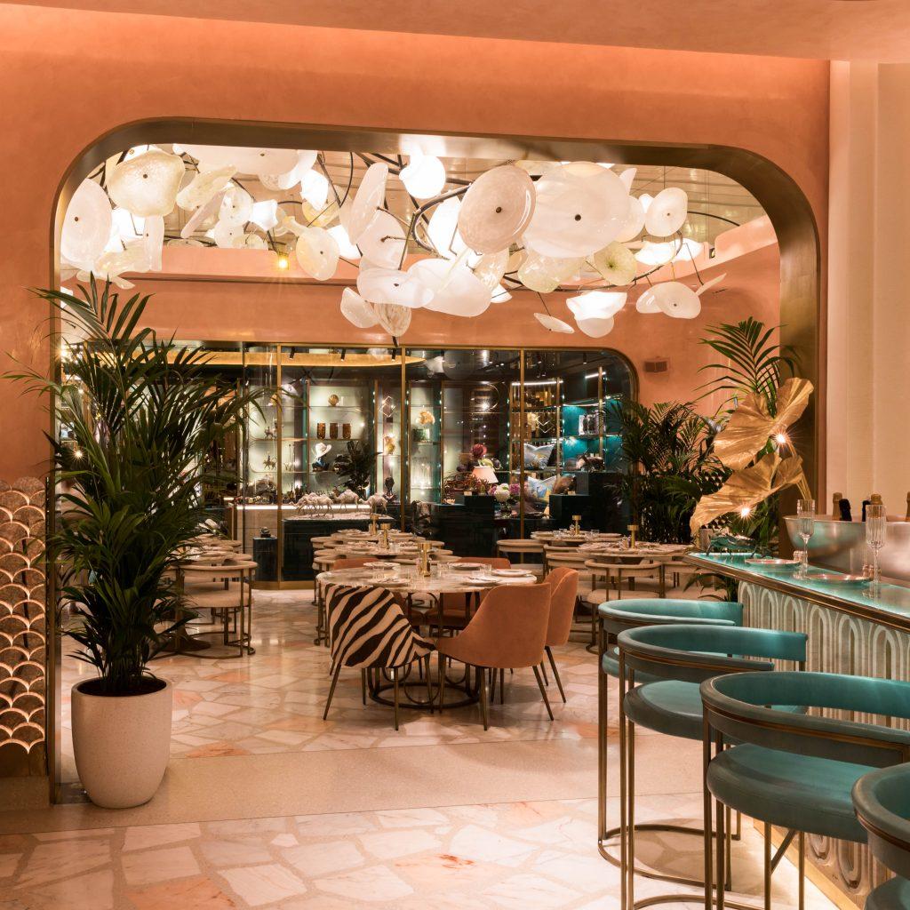 افتتاح مطعم فلامينجو روم في جميرا النسيم دبي