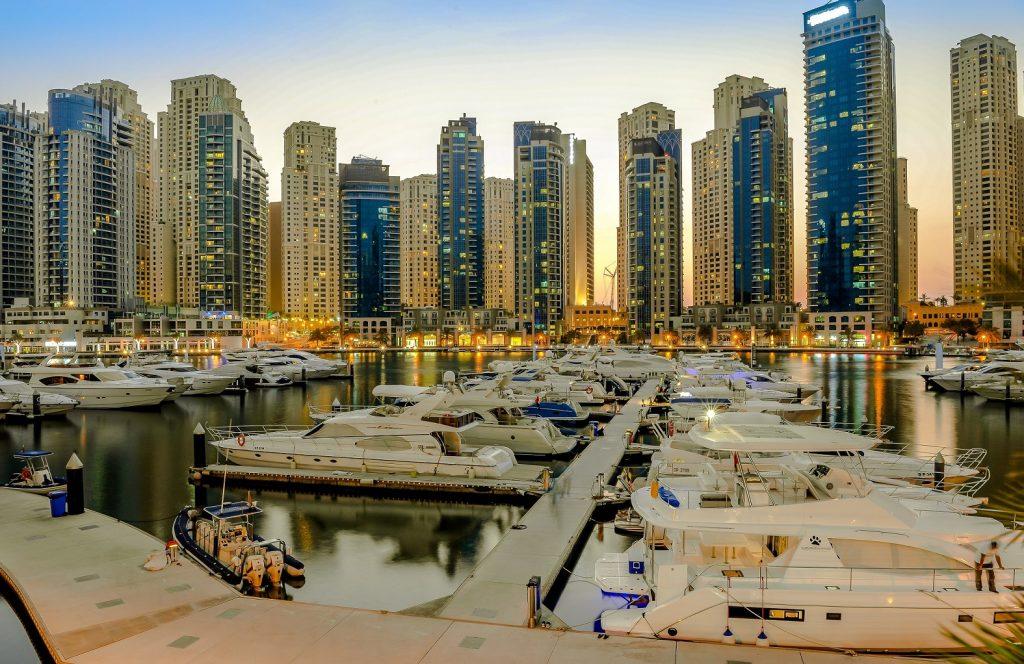 عروض نادي مرسى دبي لليخوت لشهر أكتوبر 2017
