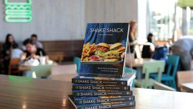 صورة شيك شاك يطلق كتاب وصفات وحكايات شيك شاك في الشرق الأوسط