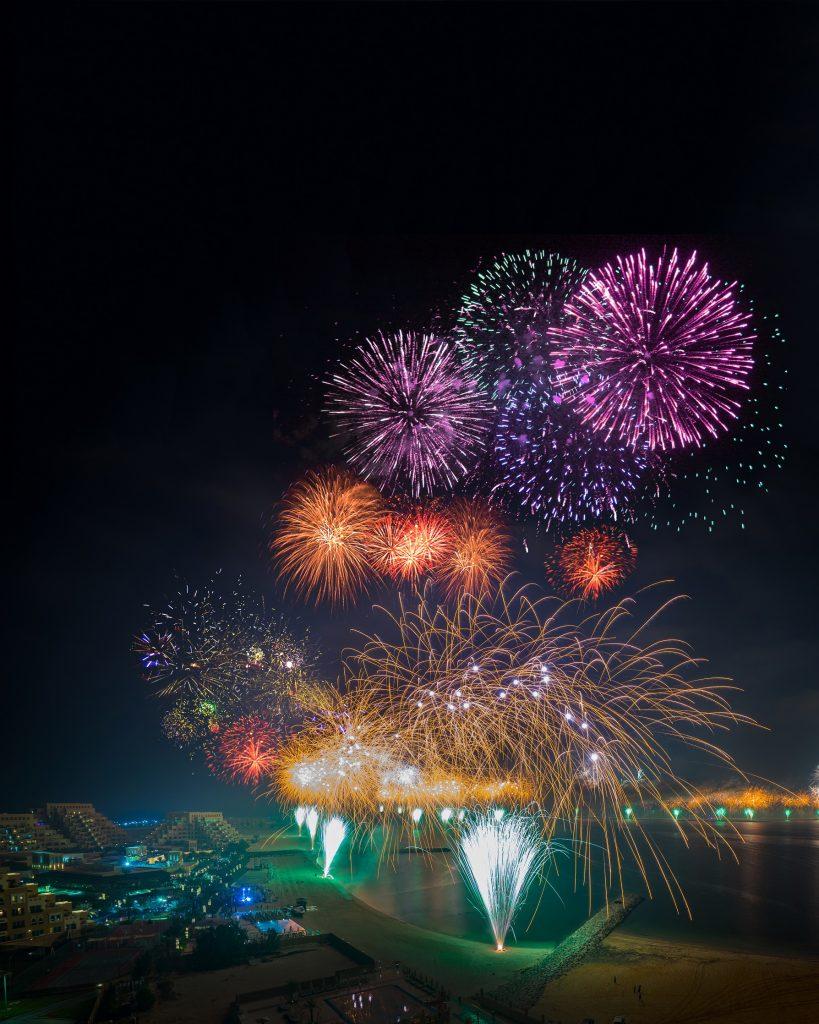 جزيرة المرجان تستعد للإحتفال برأس السنة