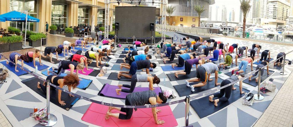 Free yoga at Dubai Marina Mall [1]