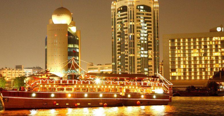 أكبر قارب دهو خشبي في العالم