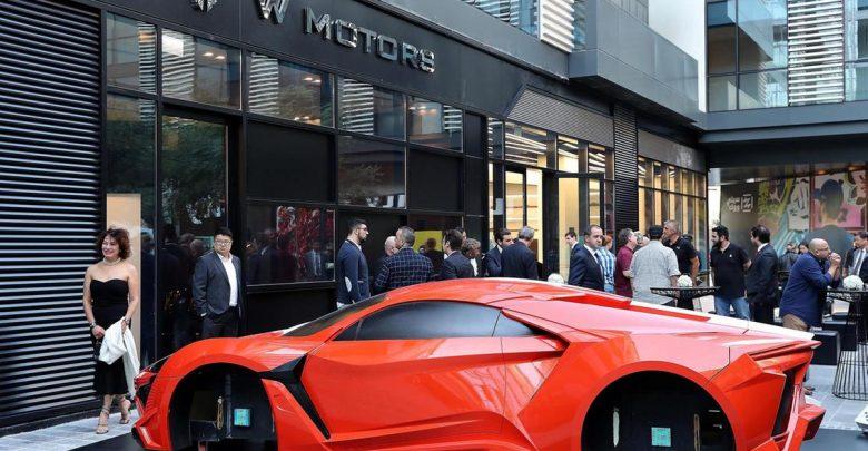 إفتتاح صالة عرض للسيارات الهجينة دبليو موتورز في دبي