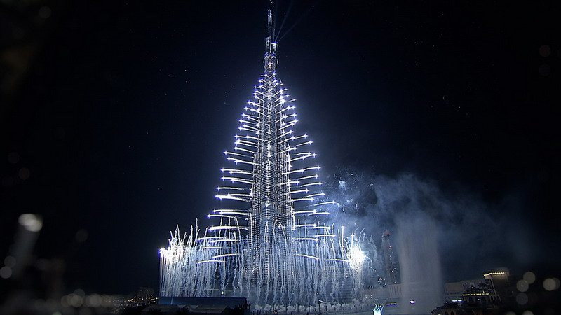 عرض الالعاب النارية في برج خليفة