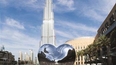 Photo of دبي مول تعرض تحفة فنية جديدة من النحات البريطاني ريتشارد هادسن