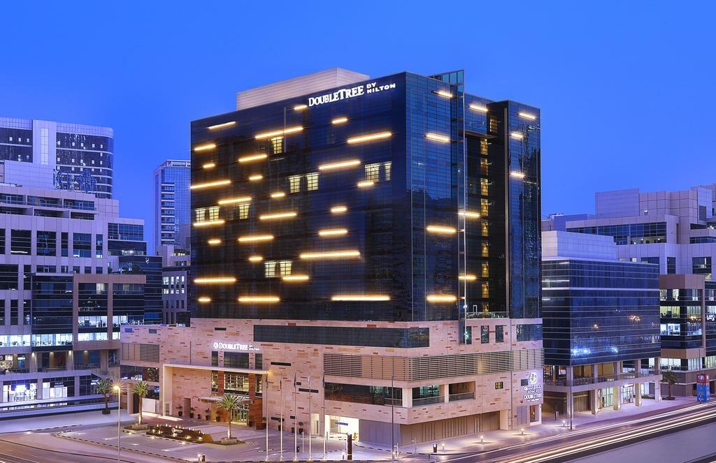 عروض فنادق دبل تري من هيلتون بمناسبة عيد الأم