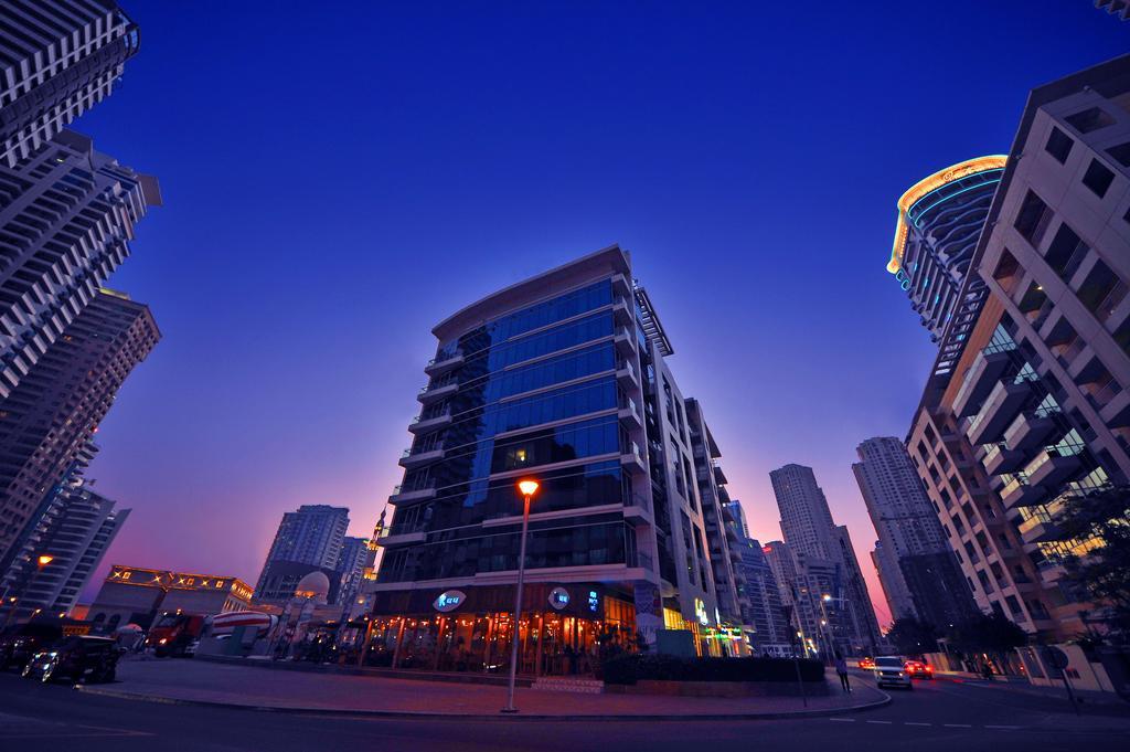 فندق جنة بلايس مرسى دبي