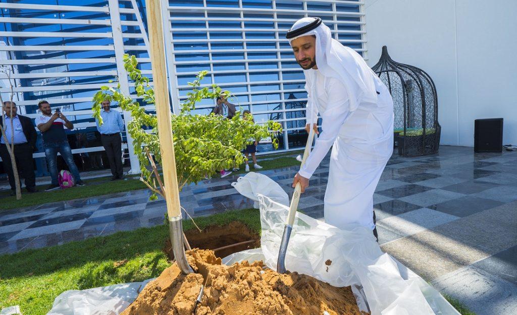 احتفال زراعة شجرة الغاف في دبي هايتس أكاديمي