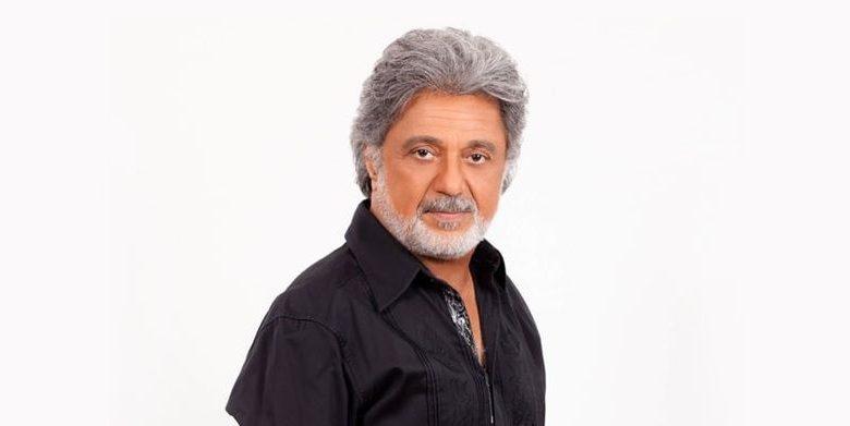 المغني الإيراني الأسطوري داريوش