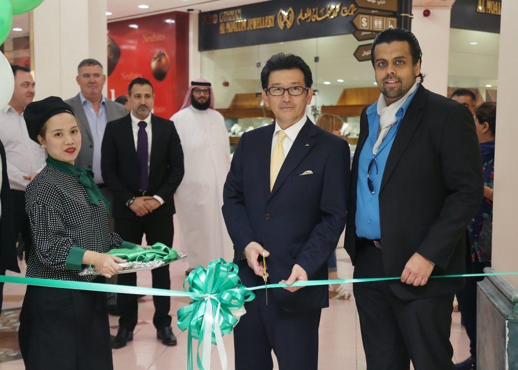 افتتاح موروزوف في دبي