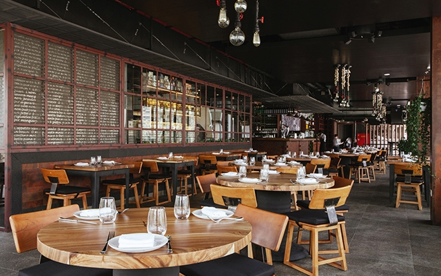 مطعم فيا فينيتو في فندق منزل داون تاون دبي