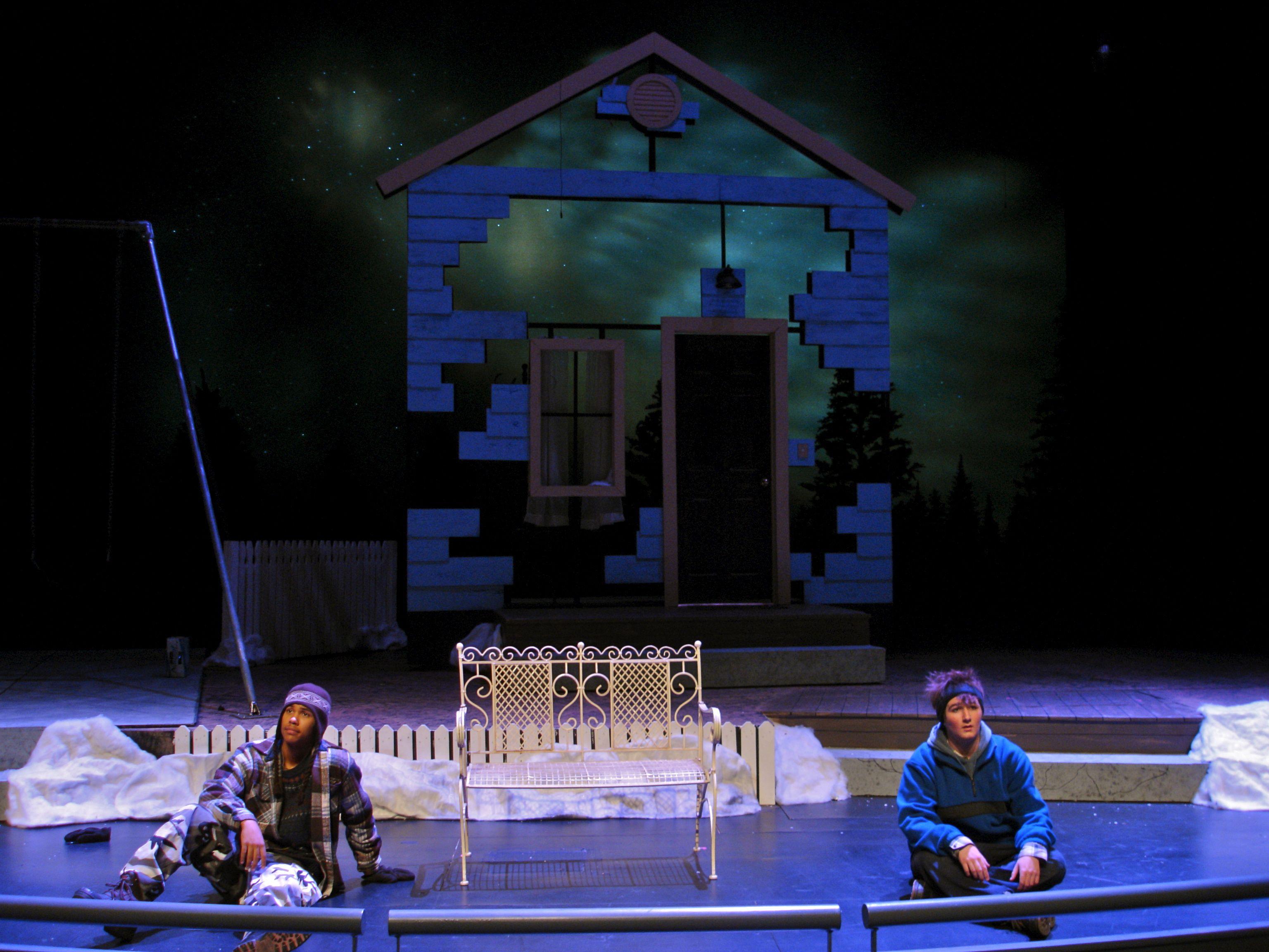 مسرحية أولموست ماين في دبي