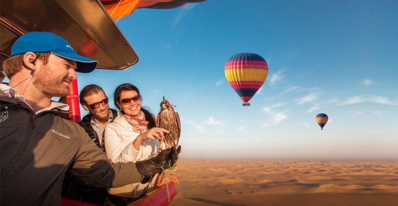 شركات تنظم رحلات ركوب المنطاد في دبي