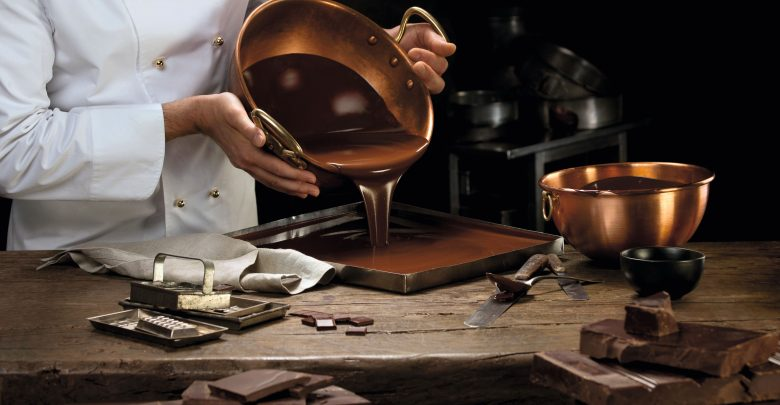 سبرونغلي المصنّع السويسري للشوكولاتة