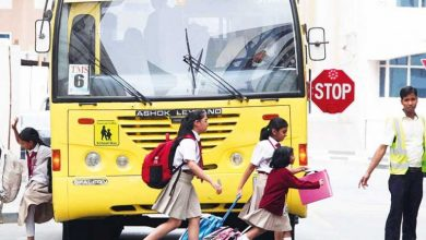 Photo of عقوبة عدم التوقف عند رؤية الحافلات المدرسية على جانب الطريق