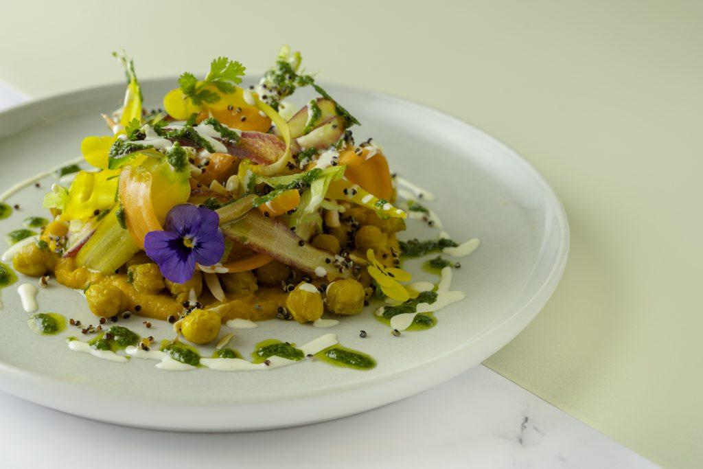 قائمة طعام جديدة في مطعم فلو