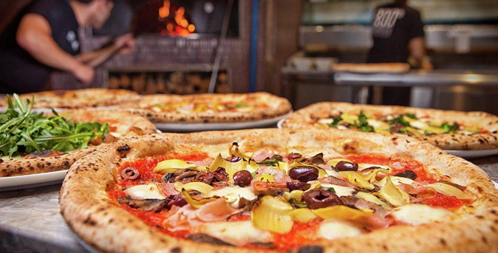 افتتاح فرع جديد لمطعم 800 بيتزا