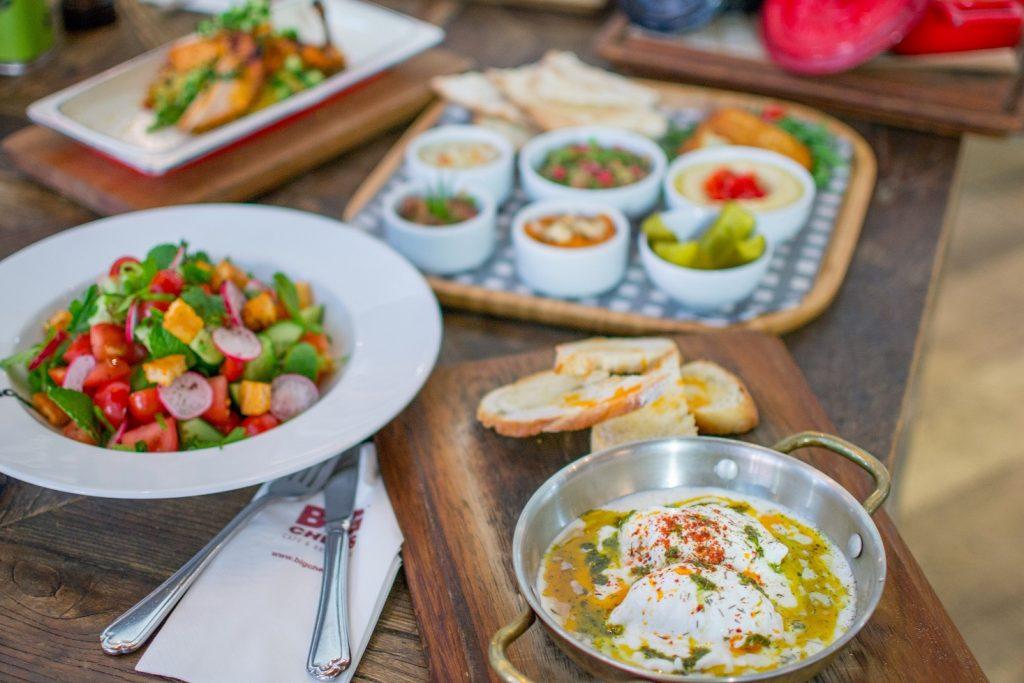 وجبات الإفطار الرمضاني في مطعم بيج شيف