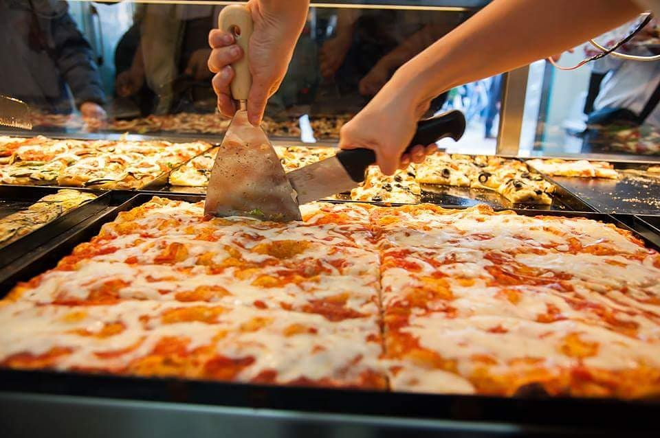 مطعم أليس بيتزا