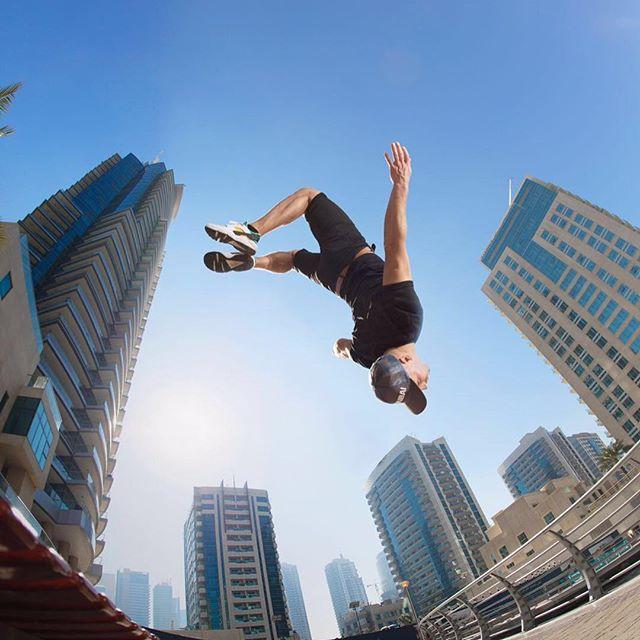 أحدث مغامرات داميان والترز في دبي