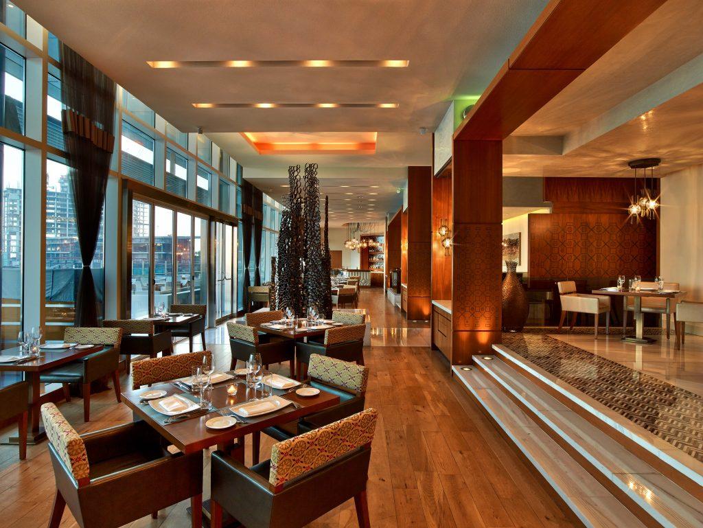 مطعم سمبوسك في فندق روزوود أبوظبي