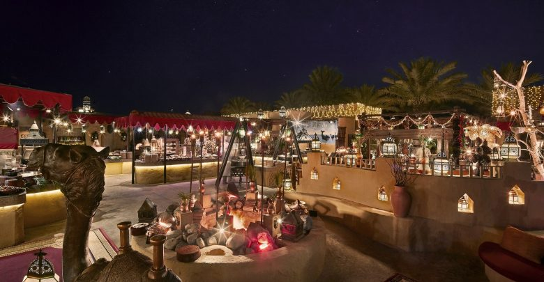 الخيمة الرمضانية في منتجع باب الشمس الصحراوي