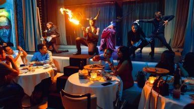 صورة عشاء مبكر مع عروض ترفيهية في بيليونير مانشن
